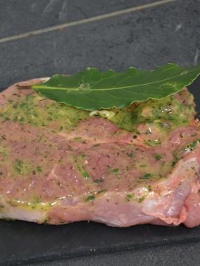 Tranche de gigot mariné aux herbes de provence